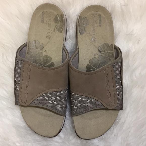 "771a7b63becb Merrell ""Lilyfern"" Sport Slide Sandals size 10. M 5ae6b30245b30c3e66900c71"